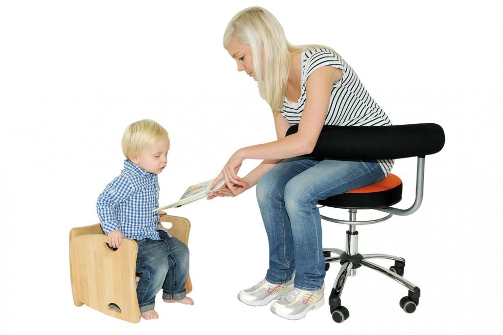 der sanus gesundheitsstuhl 360 stuhl design zum dynamischen sitzen. Black Bedroom Furniture Sets. Home Design Ideas